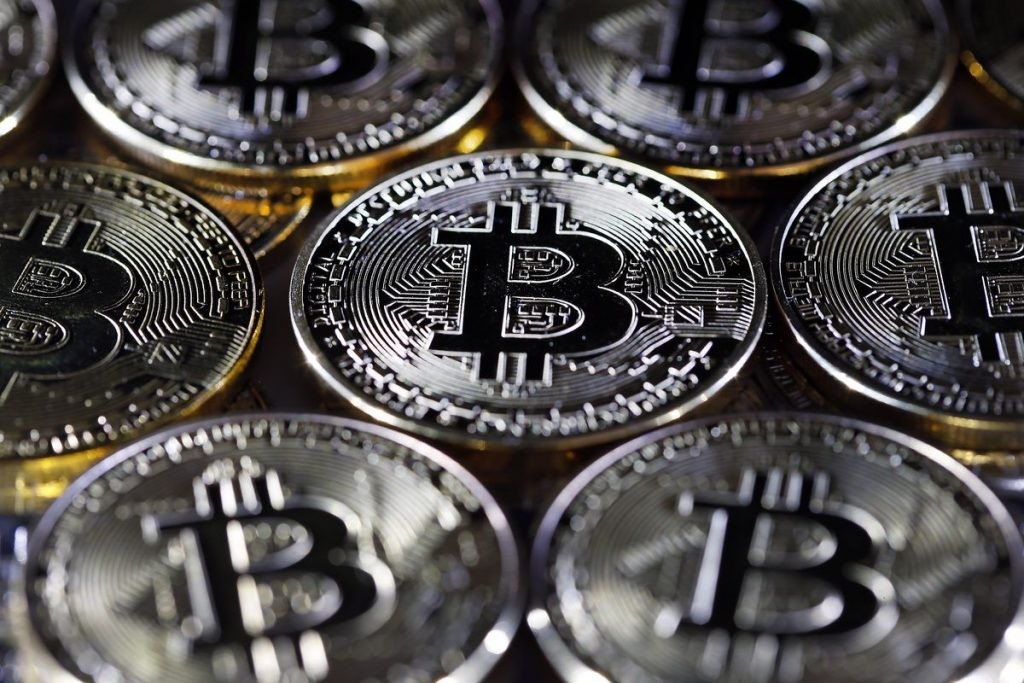3 things you need to know to invest safely in Bitcoin