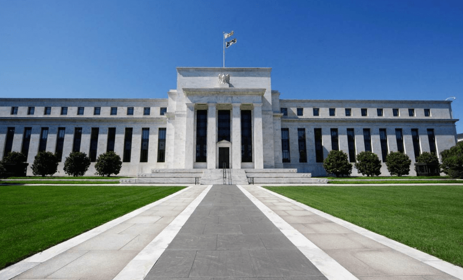US Federal Service was responsible for the fall in the price of BTC - says the analyst