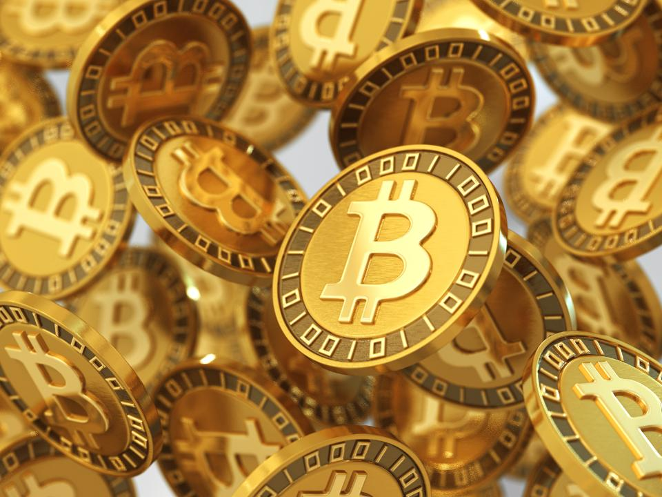 Three things that keep Bitcoin under 7000 USD