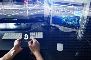 """How one """"bitcoin expert"""" makes money while losing millions"""