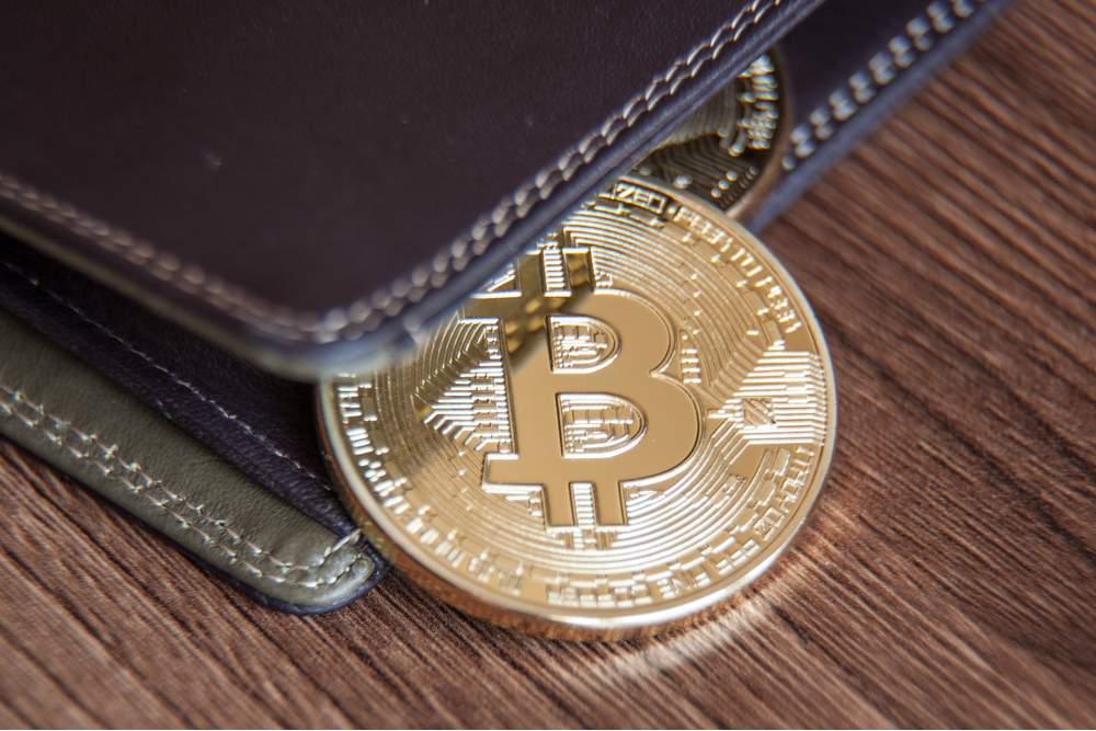 Too many Bitcoin addresses on few BTC