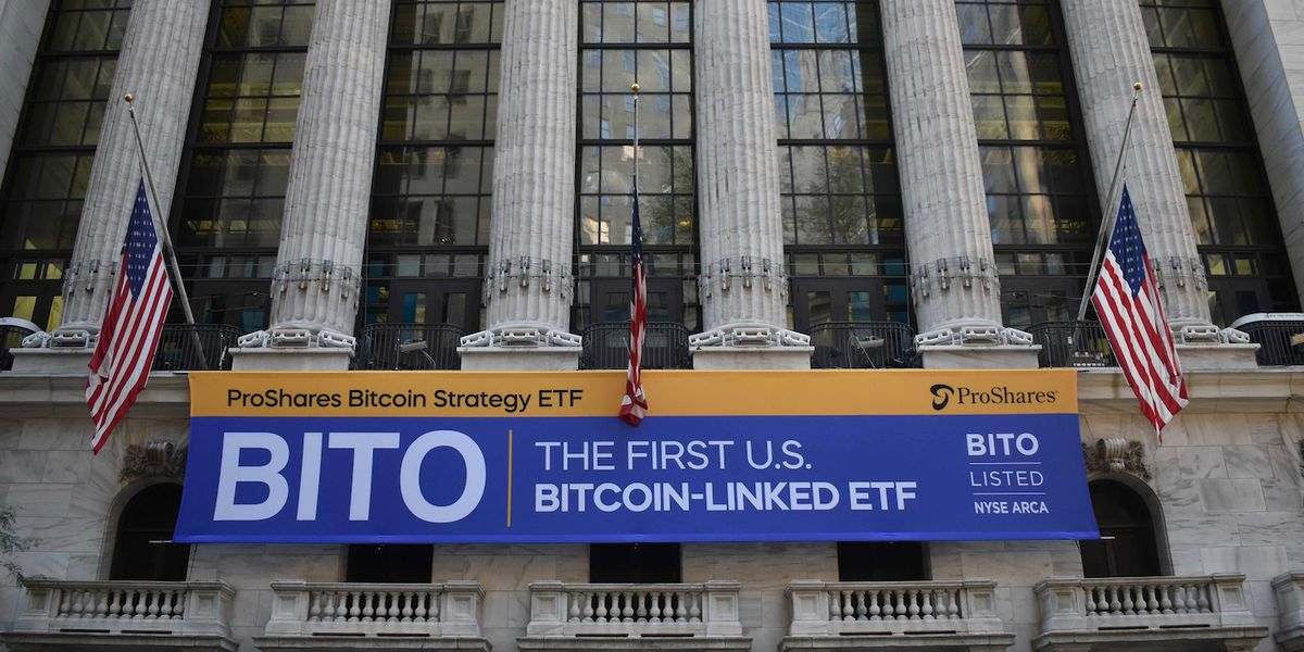 BTC futures ETF BITO debuted with historically highest volume during opening day among ETFs